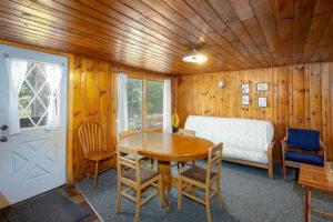 scenic-drive-resort-cedars-cabin-2-main-room-2